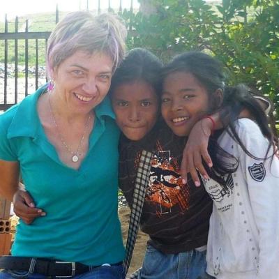 Christine M au Cambodge